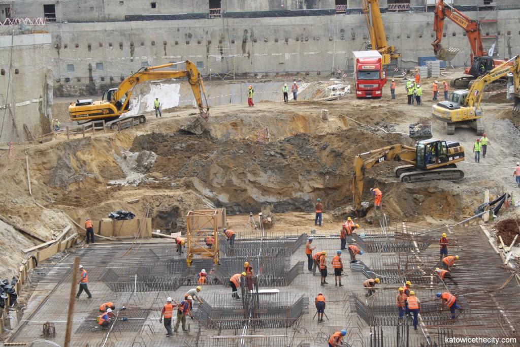 Construction work at Szewczyka Sq.