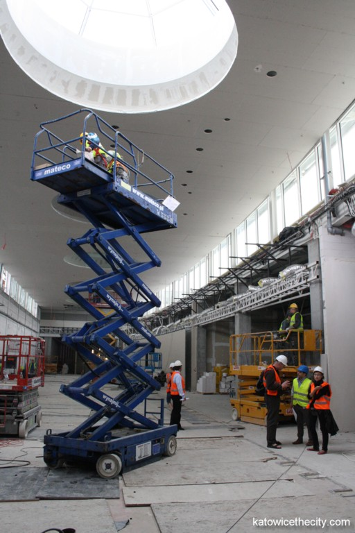 Construction work on new Silesia City Center, mall on the first level