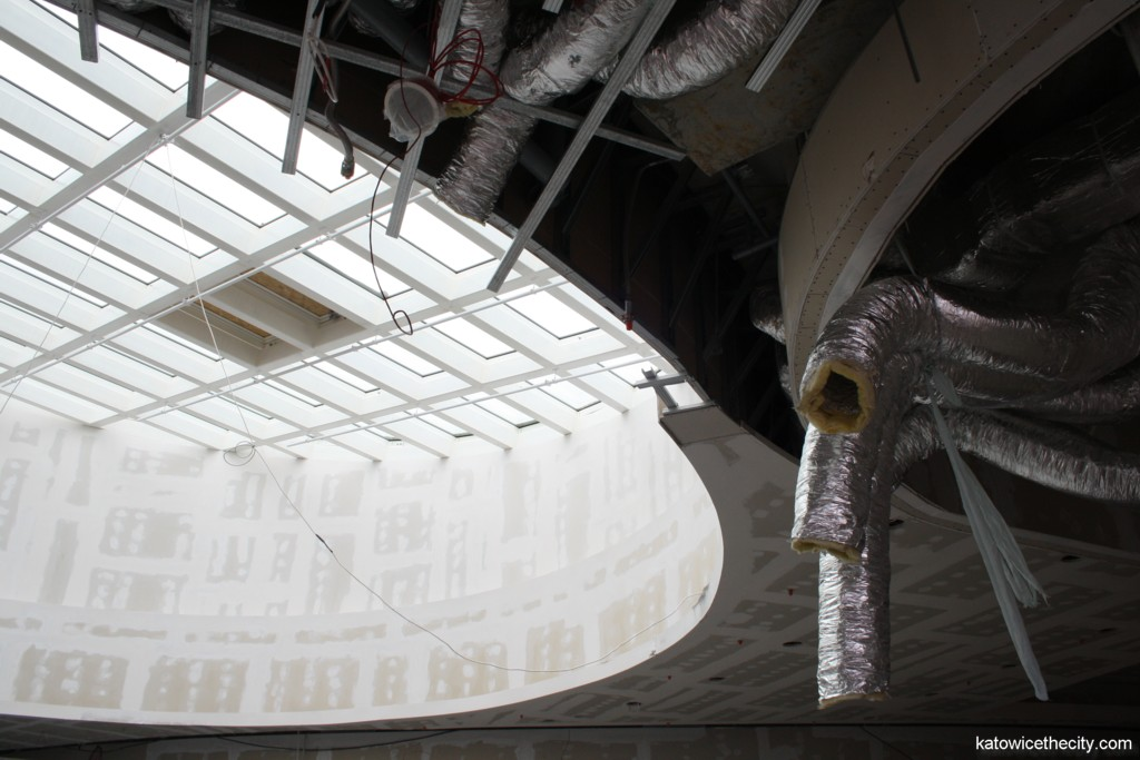 Construction work on new Silesia City Center, skylight