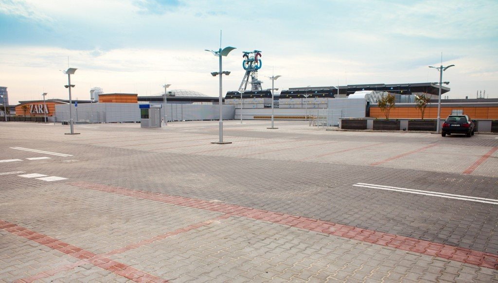 © Silesia City Center; Extension of Silesia City Center – car park on the roof