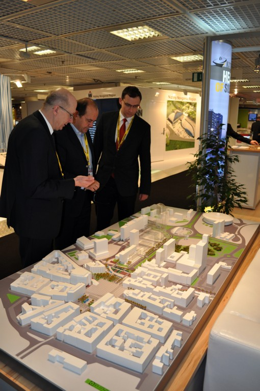 © City Hall of Katowice; representatives of Katowice present the investment opportunities of the Market Square – Roundabout area