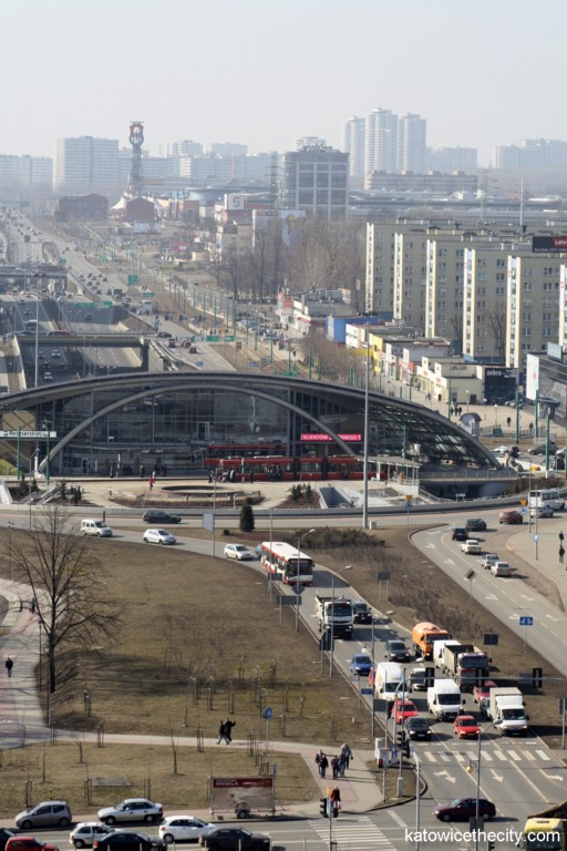The Roundabout and one of the main roads in Katowice – Inner Relief Road (DTŚ), view from east