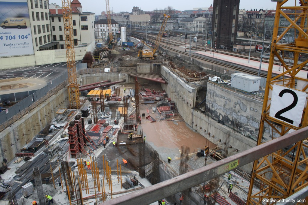 Works on the Railway Station and Galeria Katowicka, entrance to the underground tunnel
