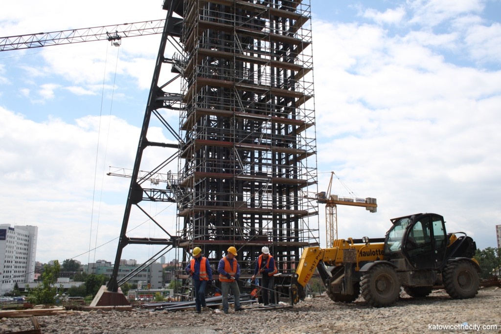 """Works on the Silesian Museum's new seat, the """"Warszawa"""" mineshaft and works on the elevator"""
