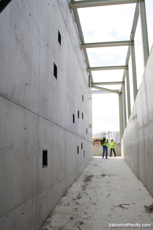 """Works on the Silesian Museum's new seat, entrance to the """"central hall"""""""