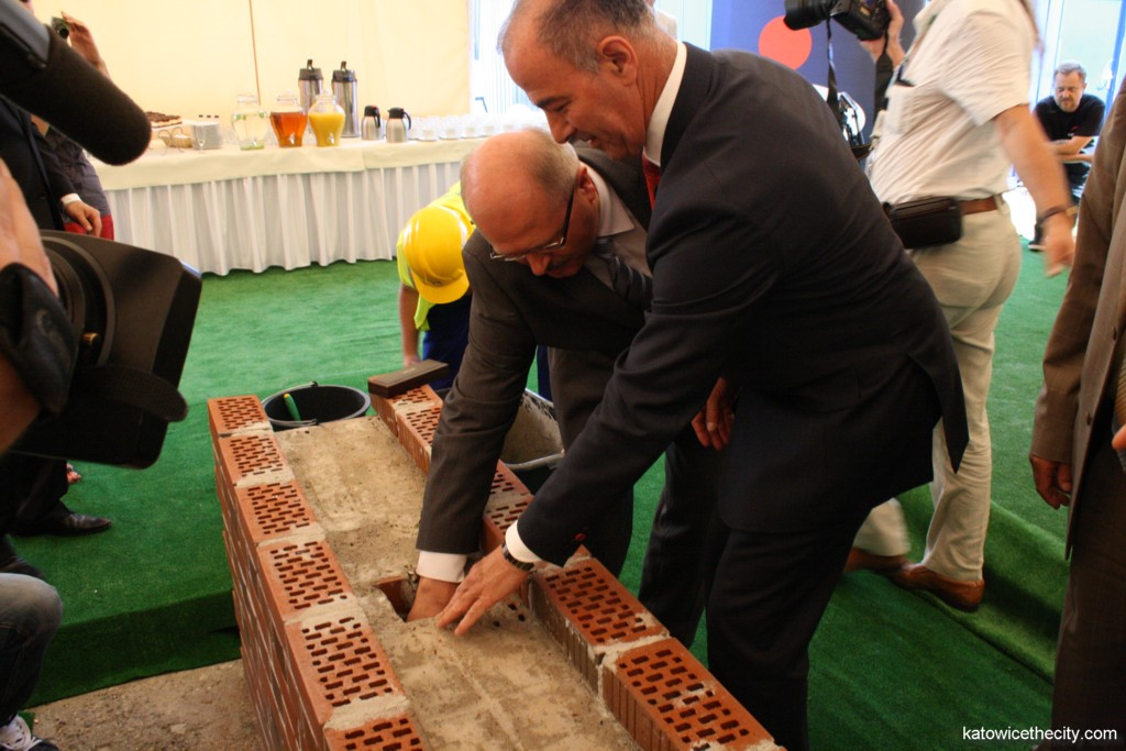 Cornerstone ceremony of the House in the Three Ponds Valley