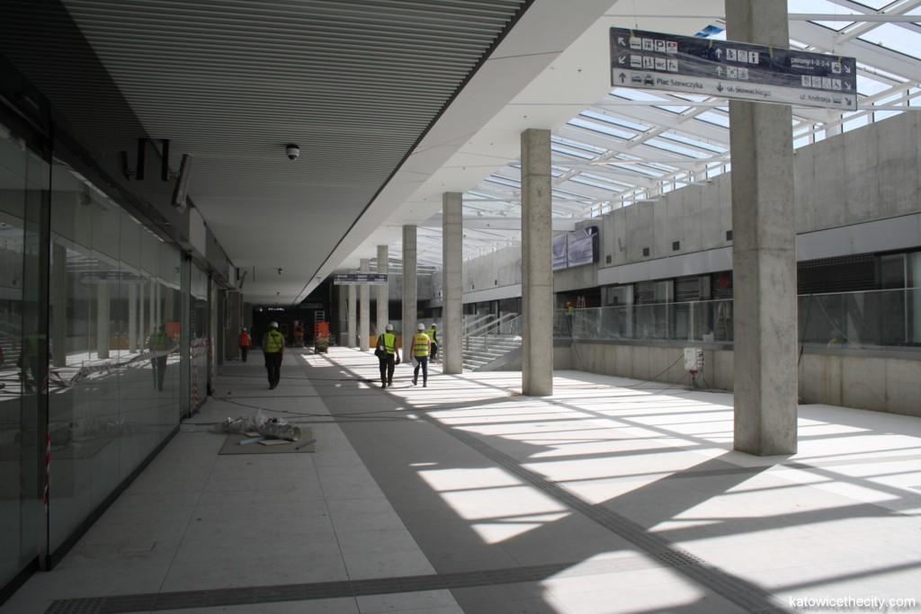Main hall of the Katowice Railway Station