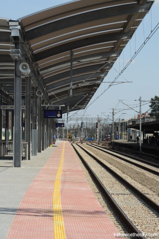 Platform 3 of the Katowice Railway Station