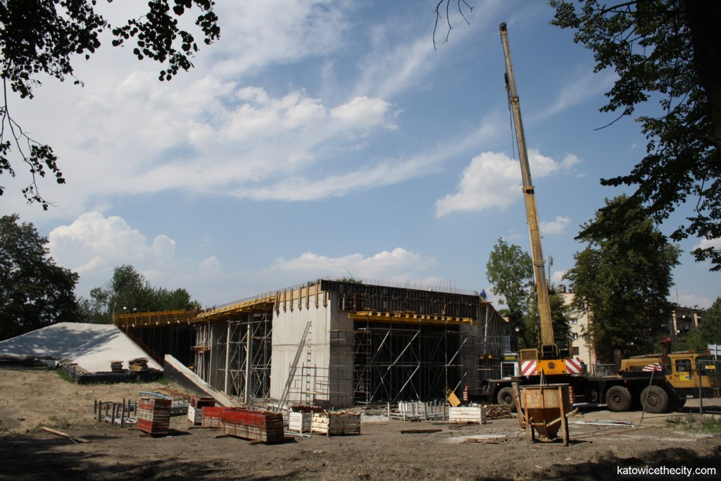 Works on the City Community Center in the district of Dąb