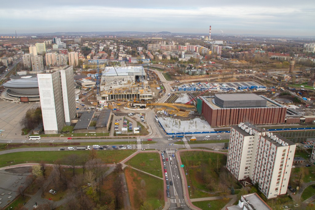 © City Hall of Katowice; DOKP building on the left, Spodek in the background and the cultural district under construction (photo by Sławomir Rybok)
